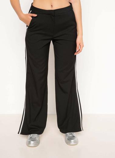 DeFacto Yandan Çizgili Pantolon Siyah